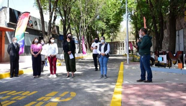 Ayuntamiento de Puebla mejora zona peatonal del BINE